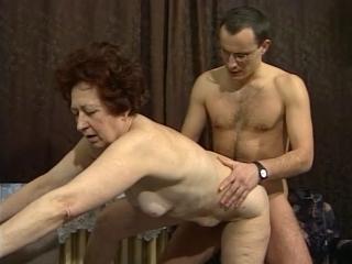 Martine, 69 ans, défoncée par un jeune_1