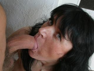 Vieille peau baisée par un jeune_2